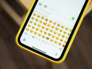 How to Get Discord Emojis?
