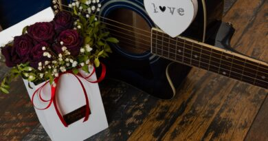 romantic gift ideas for the woman you love